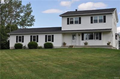 Milton Single Family Home For Sale: 114 Clarks Lane