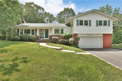 New Rochelle Single Family Home For Sale: 75 Winding Brook Road