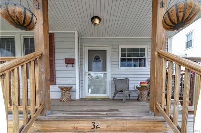Walden Single Family Home For Sale: 32 Oak Street