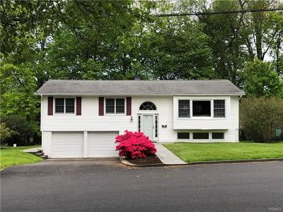 Mount Kisco Single Family Home For Sale: 15 Allan Lane