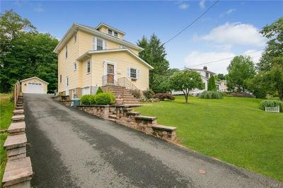 Nanuet Single Family Home For Sale: 45 Fairview Avenue