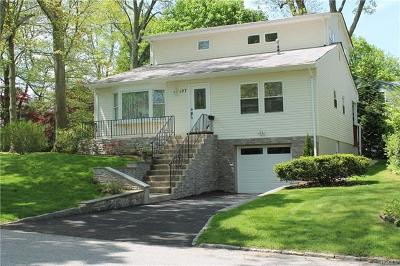 White Plains Single Family Home For Sale: 137 Beverly Road
