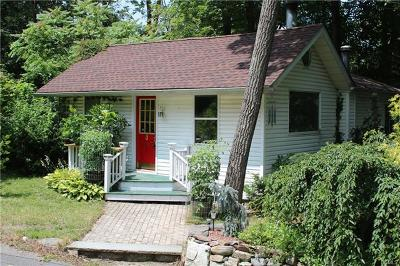 Greenwood Lake Single Family Home For Sale: 2 Vogel Way