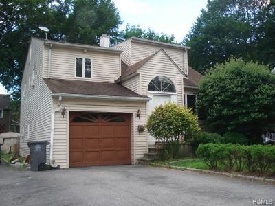 White Plains Single Family Home For Sale: 15 Ridgeway