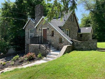 Brewster Single Family Home For Sale: 10 Homer Drive