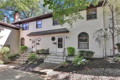 Rockland County Condo/Townhouse For Sale: 28 Somerset Drive