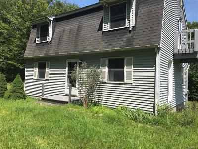 Single Family Home For Sale: 152 Aldrich Road