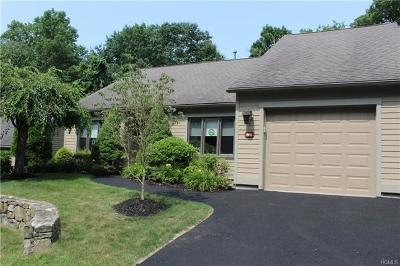 Somers Condo/Townhouse For Sale: 866 Heritage Hills #A