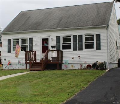Middletown Single Family Home For Sale: 37 Woods Place