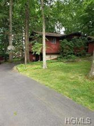 Rockland County Single Family Home For Sale: 6 Adams Lane