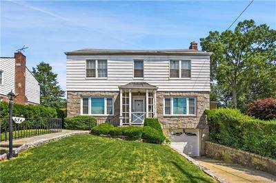 Yonkers Single Family Home For Sale: 672 Kimball Avenue