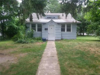 Spring Valley Single Family Home For Sale: 25 State Street