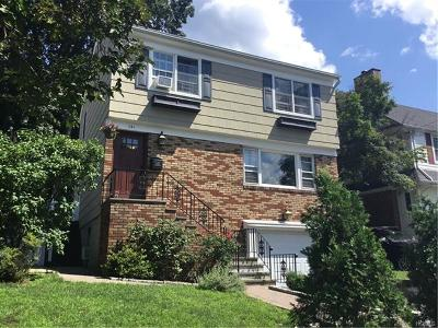 Tuckahoe Single Family Home For Sale: 141 Crestwood Avenue