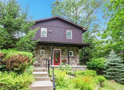 Lake Peekskill Single Family Home For Sale: 19 Grant Place