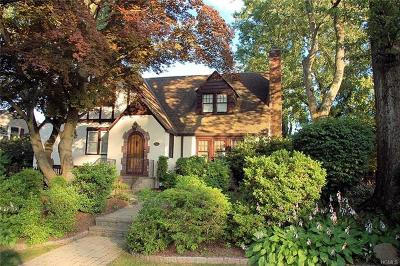 White Plains Single Family Home For Sale: 65 Topland Road