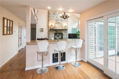 Bedford Hills NY Single Family Home For Sale: $849,000