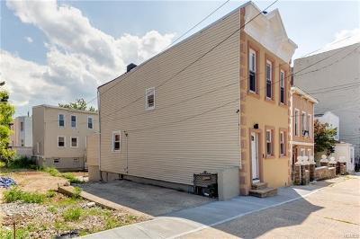 Pelham Bay Multi Family 2-4 For Sale: 2832 Roebling Avenue