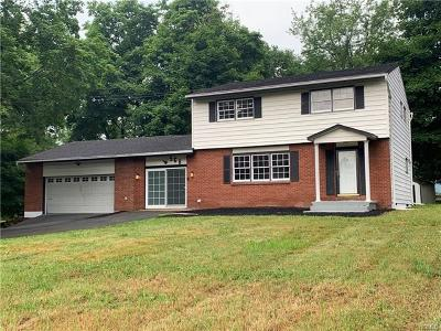 Middletown Single Family Home For Sale: 568 Route 17m