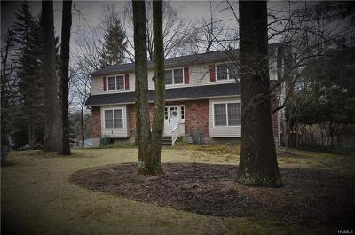 Single Family Home For Sale: 2 Sonia Court