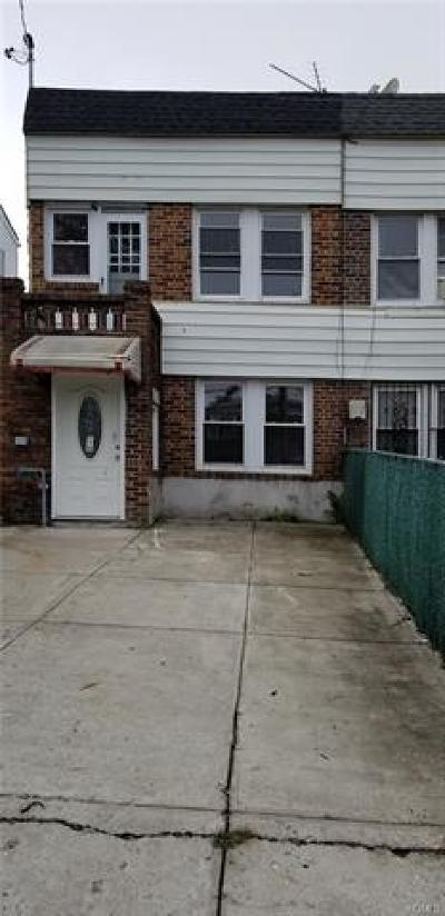 Bronx Single Family Home For Sale: 1911 Bussing Avenue