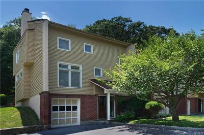 Mount Kisco Single Family Home For Sale: 15 Deer Ridge Road