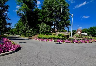 Somers Condo/Townhouse For Sale: 203 Heritage Hills #B