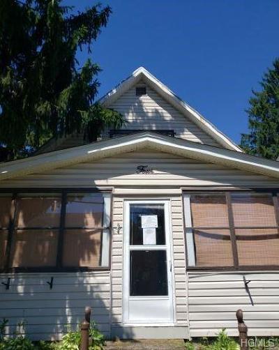 Otisville Single Family Home For Sale: 4 Highland Avenue