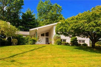 Westchester County Single Family Home For Sale: 31 Lakeshore Drive
