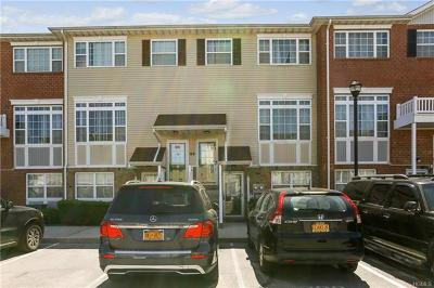 Bronx NY Condo/Townhouse For Sale: $465,000