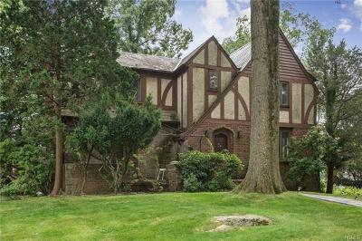 New Rochelle Single Family Home For Sale: 126 Wykagyl Terrace