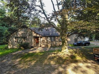 Suffern Single Family Home For Sale: 70 Spook Rock Road