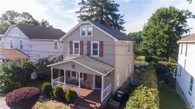 Newburgh Single Family Home For Sale: 8 East Stone Street