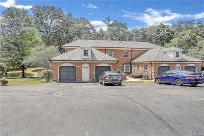 Newburgh Condo/Townhouse For Sale: 32 Westbrook Road