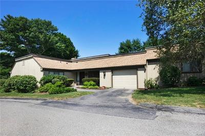 Somers Condo/Townhouse For Sale: 199 Heritage Hills #A