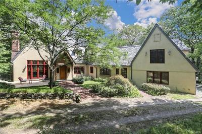 Putnam County Single Family Home For Sale: 17 Upland Drive