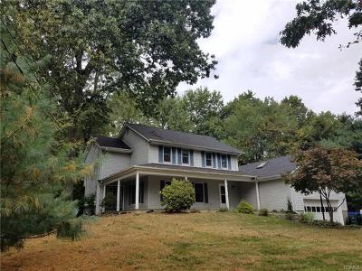 Campbell Hall Single Family Home For Sale: 40 Hickory Drive