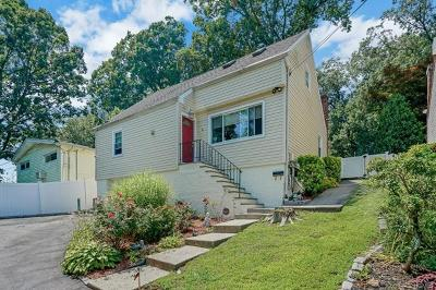 Yonkers Single Family Home For Sale: 45 Grassy Sprain Road