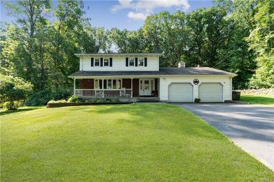 New Windsor Single Family Home For Sale: 51 Ona Lane