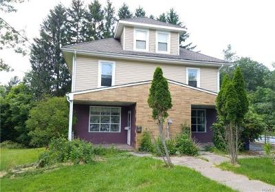 Multi Family 2-4 For Sale: 50 Winslow Place