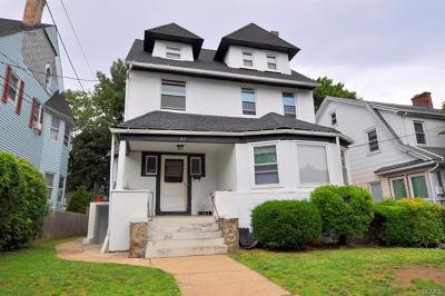 New Rochelle Single Family Home For Sale: 33 Colonial Place