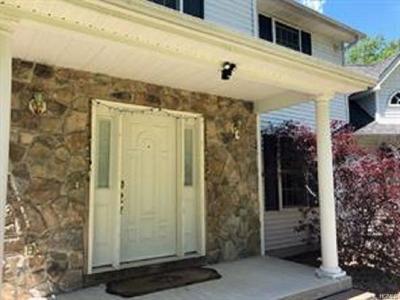 Pine Bush Single Family Home For Sale: 341 Walker Valley Road
