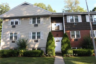 Westchester County Condo/Townhouse For Sale: 25 Lorraine Terrace