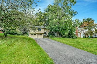 Fishkill Single Family Home For Sale: 103 Wood Street