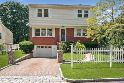 White Plains Single Family Home For Sale: 43 Upland Avenue