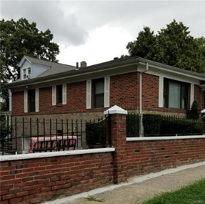 Yonkers Single Family Home For Sale: 137 Forest Avenue