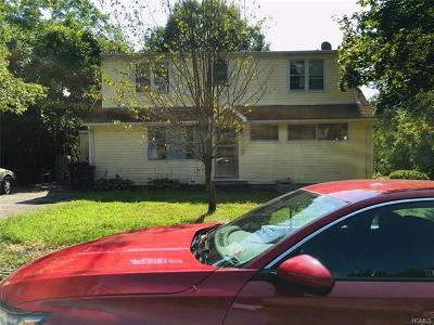 White Plains Single Family Home For Sale: 55 Jackson Place