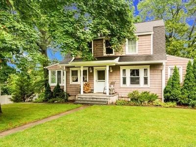 Hartsdale Single Family Home For Sale: 118 Alexander Avenue