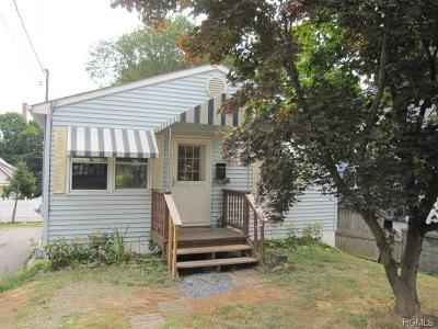 Newburgh Single Family Home For Sale: 50 Thompson Street