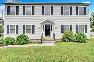 White Plains Single Family Home For Sale: 70 Bolton Avenue