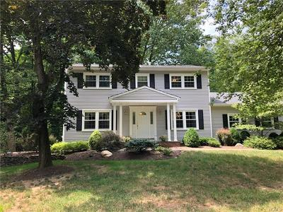 Rockland County Single Family Home For Sale: 26 The Promenade